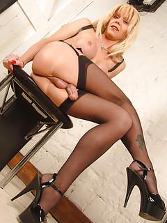 Shemale Stockings Pics